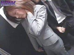 Sarhoş Business Woman Kolay Prey İçin Asansör manyak oldu