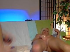 Mature amateur couple fucking on cam He has a beautiful uncut dick !!