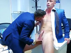Muscle Gay sexo anal y corrida