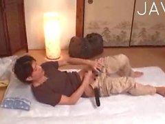 Asiatische Zimmermädchen immer geil