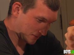 Blake e Paul - Paul perde a virgindade
