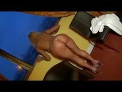 Blonde MILF recibe DP'd por la BBC y WC