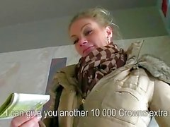 Große Titten Tschechisch Mädchen Adele entbeintes Bargeld