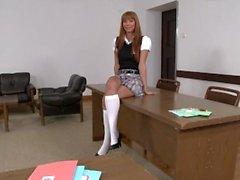 Hot Teens und verführte Lehrer in Sorority Secrets 3