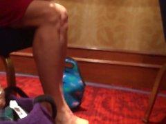 откровенные каблуки, обвисшие сексуальные ноги Мелани и воссоединения