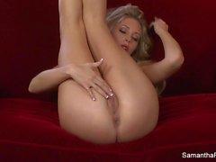 Super caliente Samantha Saint dedo en el coño