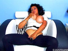 Donna i Ambrose Stora mes Masturbation HD Porr filmen scener