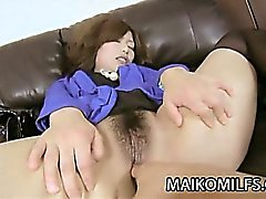 MILF Japanese getting her pussy pleasured