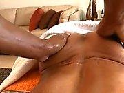 Pleasuring a lusty homo man