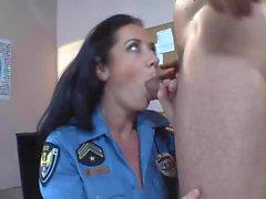 Il poliziotto di enorme tette Jayden Jaymes