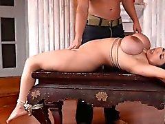 actions de BDSM mignonne avec nanas fétichistes