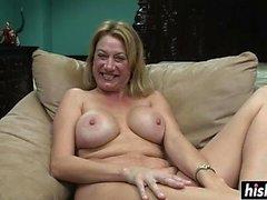 Nena impresionante le gusta posar desnuda