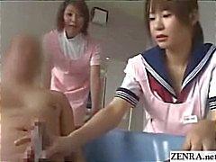 Japon hemşire bakıcılar moruk cumshot ile bir handjob verir
