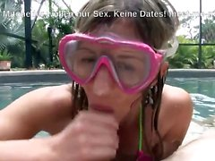 Blowjob am Pool mit der Tauchermaske