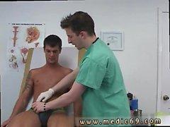 Gay ir a ver a un médico y que se joda primera vez controlé