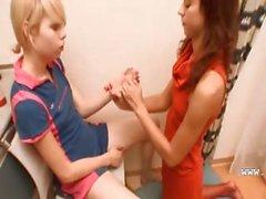 Natascia e di Alice ama ragazzine adolescenti fottute