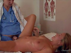 Elexis Monroe gets her pussy boned at doctor s office