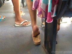 in piedi hot girl Fai per suole autobus pubblici