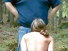 esclava chupar principal en las maderas