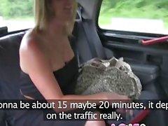 Liebe Creampie Große Brüste Mütter erhält zur Strafe denn rammte an Taxis pissing