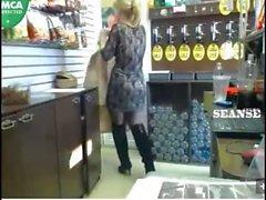 Changes in shop when customers. BEERkaaa sexchat.