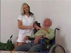 Krankenschwester für das Opa ... F70