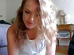Удивительное блондинка бля фаллоимитатору