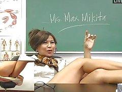 Naughty Asya öğretmen oyuncaklar onu aç am