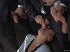 De Dana Vespoli se fait ejaculer asiatique chaudes attaqué par grosses bites