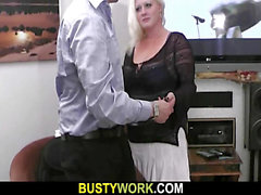 Wunderschöne Dicke Frauen Blondine wird doggystyled