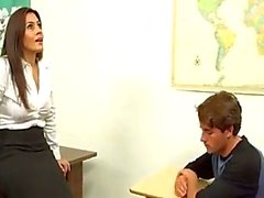 Maestra FMLI contribuye out boy