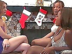 Flickor älskar vilt Pussy actiion i de vänner och leksaker som