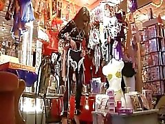 Tiendas und La falta leder - Escena 1 Vista Previa