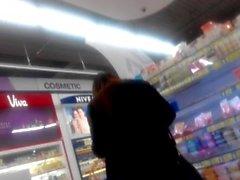 Lila Panty bei Hypermart PTC, Surabaya, Indonesien Teil 02