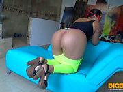 BigbuttLatinass Liza & t hreatening Ana Large Ass Vidéos pornos HD