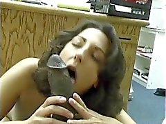 Brunette asiática - Pakistán chupa Negro Grande Dravidian de Dick