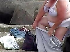2 grannies spied on the beach