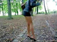 мини-юбка и каблуке 2