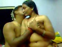 Dharmapuri scandalo di parte il 9