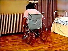 Charlie LaTour & Kristara Barrington ( Verpleegkundigen Aid )