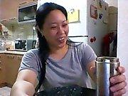 Skype oder Schlampe Frl Z in der Küche spielt - Kopieren