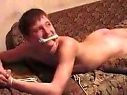 Gay - rus tokat atıyor