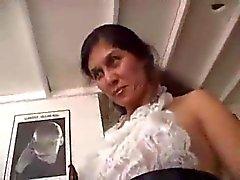 TROC Fransızca Maid Tüylü Milf Pussy çekiç