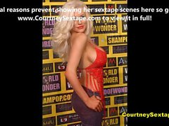 Courtney Stodden Exposed Showing The Goods