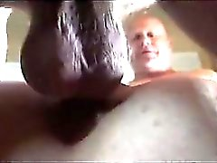 Lämpimällä POV- style Puffy emätin fucking kaistalla