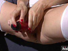 Enfermeira sexy masturbou-se com seu coceiro molhado