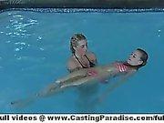 De nicole Ray de et Bella Cole filles lesbiennes indépendante dont débauche groupe de trois