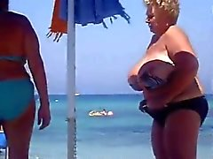 Enorme Granny Beach