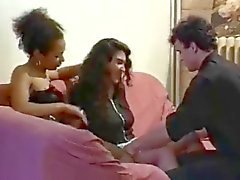 ranska Ebony , latina ja valkoinen tyttöjen hardcore toimintaa