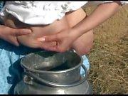 Ciccione in tedesca Mungitrice Spruzzare latte - di Milena Velba
